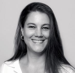Stephanie Plön